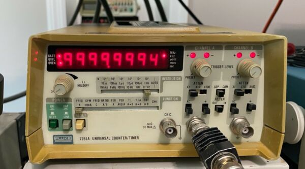 Fluke 7261A Frequency Counter with Options Installed