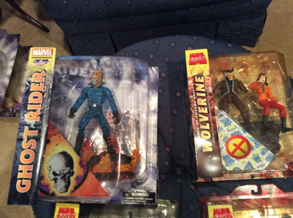 Marvel Select Lot More than 45 pieces and more...