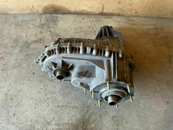 CADILLAC ESCALADE 2007-2014 6.2L OEM ALL WHEEL DRIVE TRAIN TRANSFER CASE 101K
