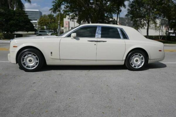 2004 Rolls-Royce Phantom Base 4dr Sedan Performance Auto Wholesalers Phantom Base 4dr Sedan White Sedan Miami
