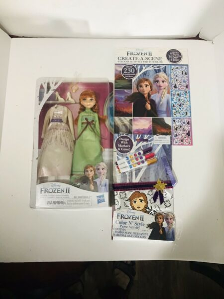 Frozen 2 doll & stickers Coloring Book Purse set