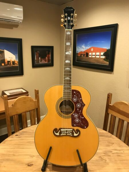 Epiphone Flat Top EJ-200 Acoustic Guitar With Brand New Hard Case!