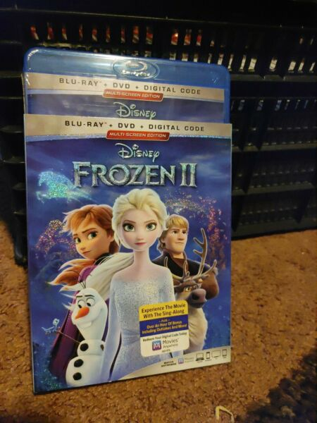 Frozen 2 Blu ray DVD With Slipcover $7.00