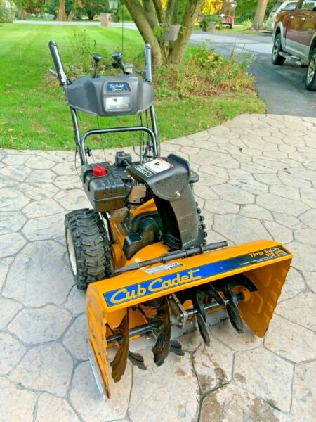"""USED Cub Cadet 2X 528 SWE 28"""" Two Stage Electric Start Gas Snow Blower"""