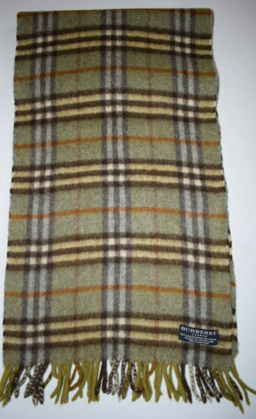 Burberry Scarf Classic Nova Check in Lambswool Blend green Color Unisex $49.00