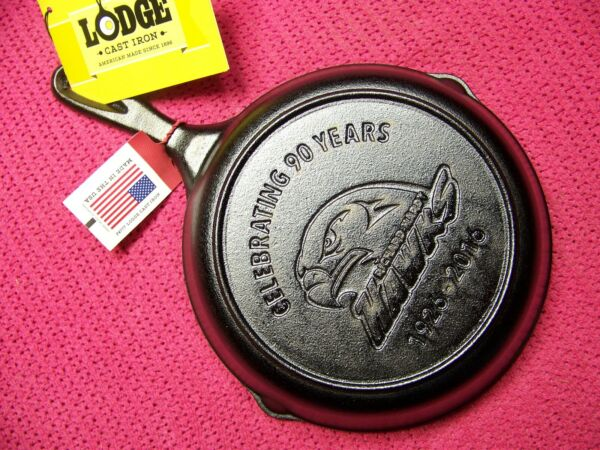 Unmarked LODGE HAWK Logo Cast Iron Advertising Skillet South Pittsburg TN NOS