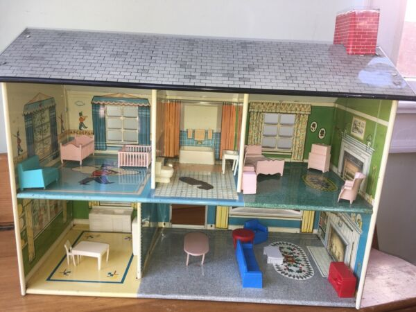 Vintage 1950s 1960s Marx tin Colonial dollhouse amp; plastic furniture lot $89.99