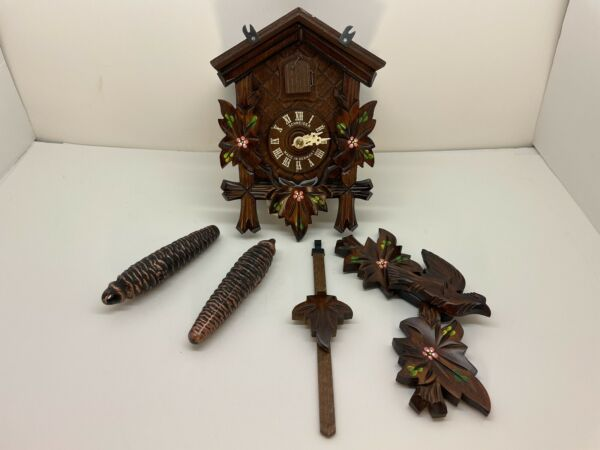 Anton Schneider Black Forest Cuckoo Clock BEAUTIFUL CARVING NEW in Box