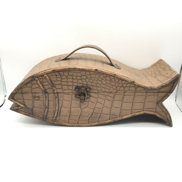 WOOD FISH BOX CHEST HINGED LID LEATHER LOOK SCALE LAKE FISHING MAN CAVE 18quot; x 7quot; $29.52