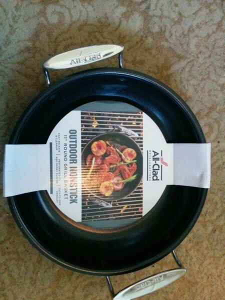 All Clad Nonstick Outdoor 11 Inch Round Grill Basket Black