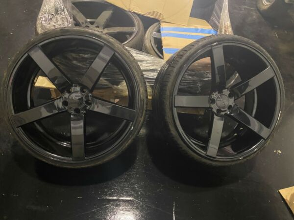 Used vossen CV3R 22quot; gloss black $3000.00