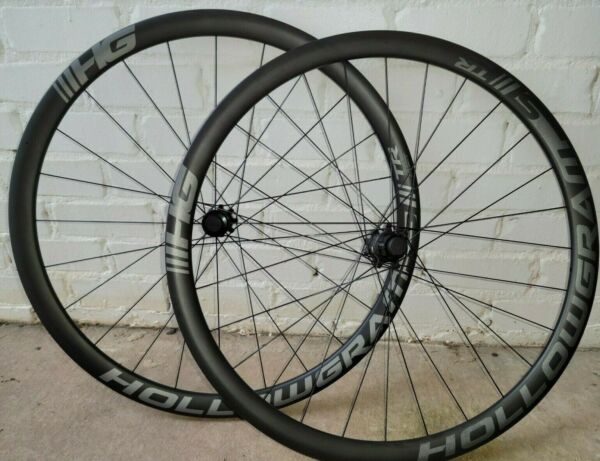 Cannondale HollowGram Si Carbon Clincher Disc 19mm inner 35mm deep $1399.00