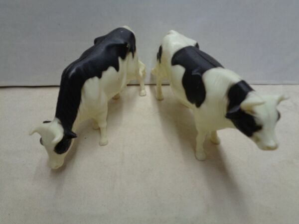 Nylint 2 Plastic Cow amp; Bull Cattle for Truck ? HONG KONG 1970 1972 vintage old $24.00