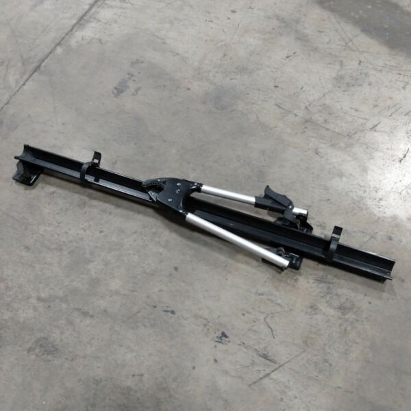 Thule 599XTR Big Mouth Thule Bike Rack for Square bar mount with lock and Key $75.00