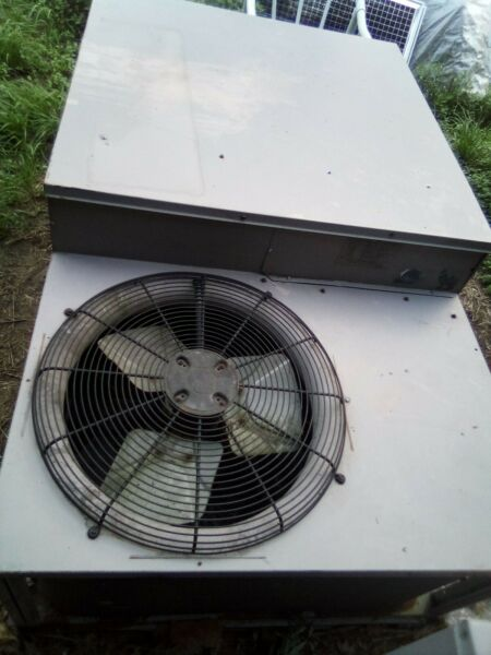 Carrier 4 Ton Roof Top Package Unit Model: 48TJE006 501GA $900.00