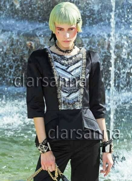 $9220 Chanel AUTH Fringed Tweed Ruffles Bib Jacket 40 Jewel Tone CC Button 13C