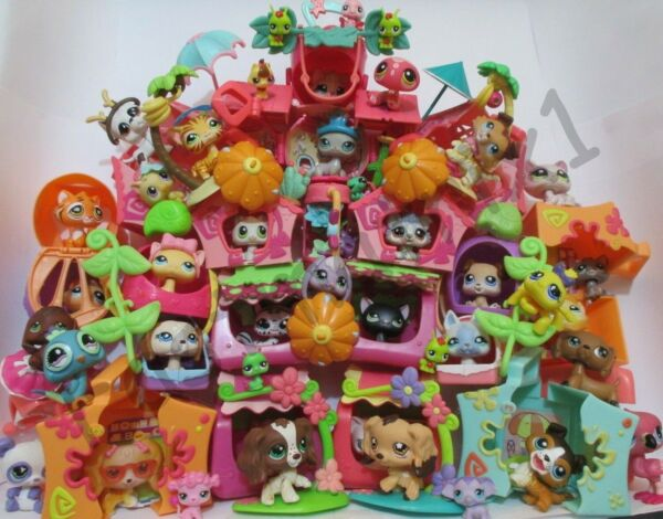 Littlest Pet Shop Lot 15 Pc Random House Mini Playset Dog or Cat and Accessories $14.75