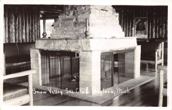 C43 Gaylord Michigan Mi RPPC Postcard c50s Snow Valley Ski Club Fireplace 19