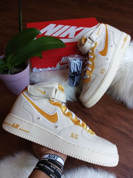 SIZE 11.5 MEN'S NIKE AIR FORCE 1 MID PREMIUM PRM iD WHITE/ YELLOW AJ4764 995