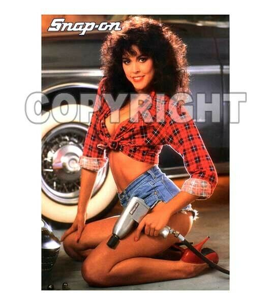 Fridge Magnet Sexy SNAP ON TOOLS Time Girl sexy playmate April Wayne auto shop
