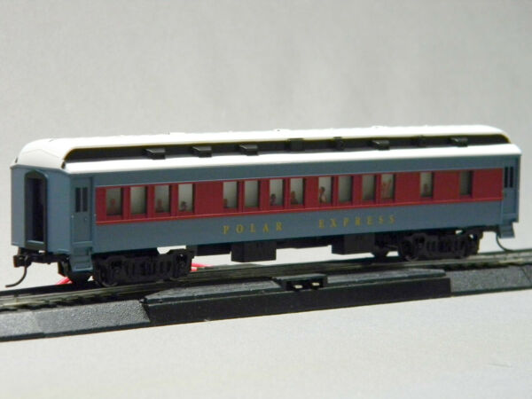 LIONEL HO SCALE POLAR EXPRESS LIGHTED COACH PASSENGER CAR movie 871811010-C NEW