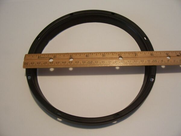 1740020 Snow Blower Lower CHUTE RING GASKET Black Rubber Craftsman Murray USED