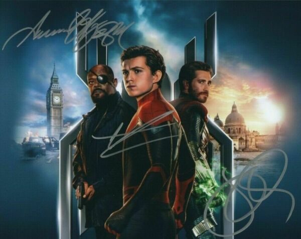 Tom Holland  Samuel Jackson Autographed Signed 8x10 Photo ( Spider Man) REPRINT