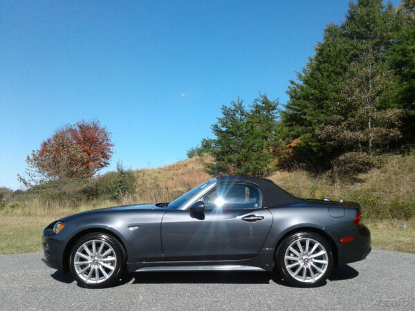 2019 Fiat 124 Spider Lusso NEW 2019 FIAT SPIDER CONVERTIBLE LUSSO