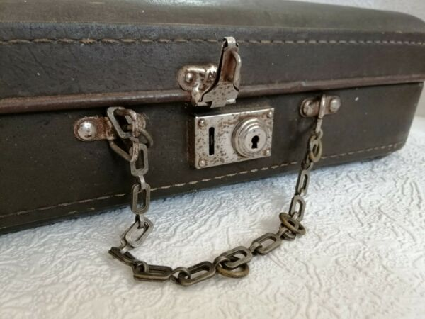Antique Vintage Small Suitcase Old Brown Leatherette Bag Luggage Trunk Valise