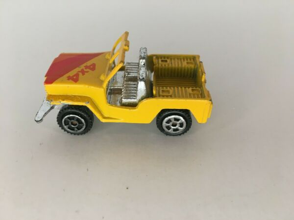 Diecast Toy Jeep CJ 7 Open Roof 4x4 Yellow Red Orange Off Road Vehicle S 8634 $6.30