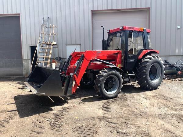 1990 CASE INT 685 4X4 FARM TRACTOR HEATED CAB 73 HP 3069 HRS FORKS BUCKET