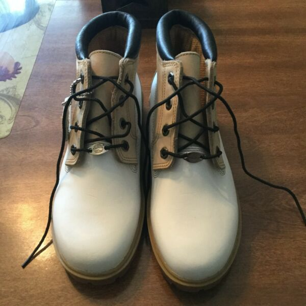 Timberland Boot 9M Mens $70.00