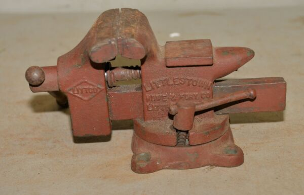 Vintage Littco No 112 swivel bench vise anvil Littlestown USA made 3 1 2quot; jaw