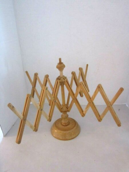 Vintage Wood Accordion Style Rack 4 arms expandable retractable stand. Italy $18.95