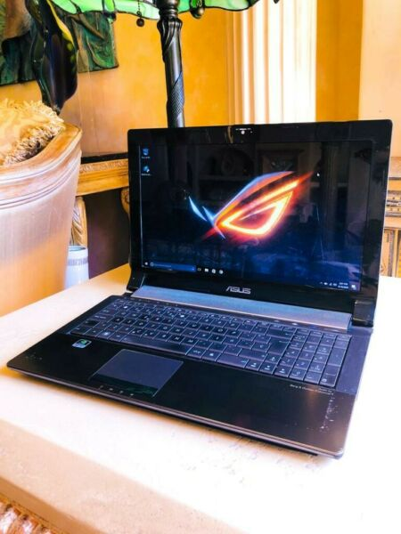 ASUS 15.6quot; GAMING LAPTOP CORE i5 @2.40GHz 12GB RAM 128GB SSD W10PRO NVIDIA GFX