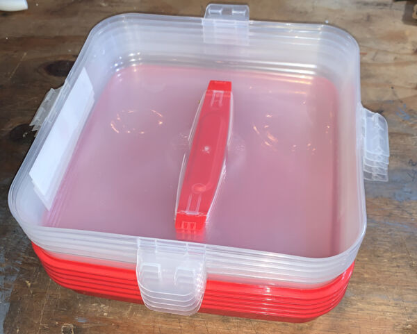Sure Fresh Cupcake Carrier Container Lot of 5 In Excellent Lightly Used Cond