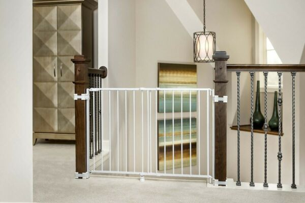 Regalo Extra Tall Top Of Stairs Gate with Mounting Kit 1235 DS White