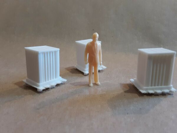 O Scale Large Crate on Pallet 3 Pieces White 3D Printed