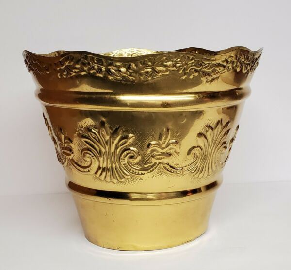 Vintage Brass Embossed Planter With Scalloped Edge. Made In India. 8quot; Diameter