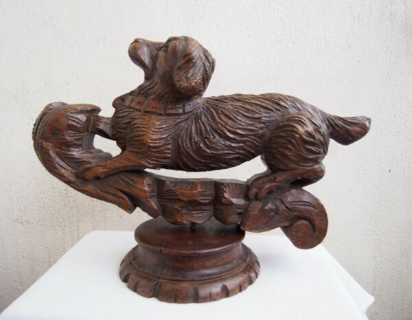 Black Forest Large Dog Carved Wood Oak Hunt Theme Sculpture 17 1 3#x27;#x27;