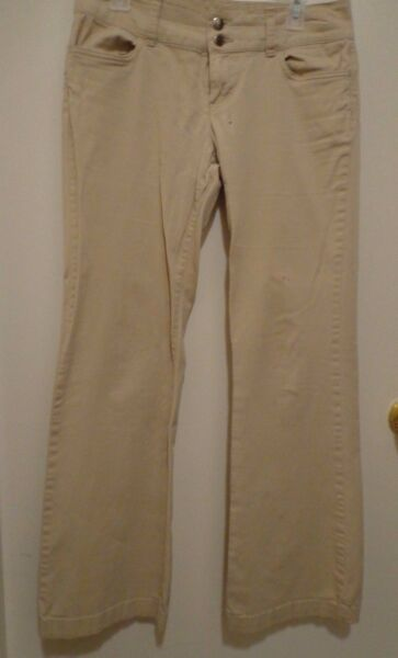 Tommy Women#x27;s Jeans Tan Color Size 9 $12.95