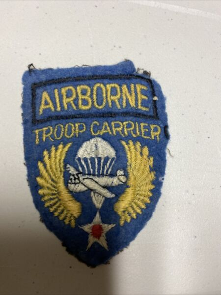 H0603 WW2 US Army Air Force AAF Airborne Troop Carrier Unit Shoulder Patch IR45A $60.00