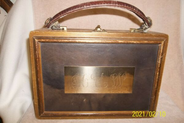 VINTAGE WOODEN BOX PURSE WITH LEATHER INLAY AND HANDLE 1960#x27;s 11quot;x8quot;x4quot;