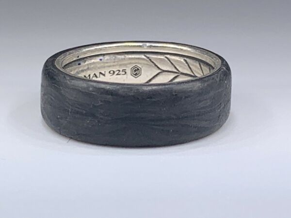 David Yurman Beveled Ring in Forged Carbon and Sterling Silver 7.6mm Size 10 $275.00