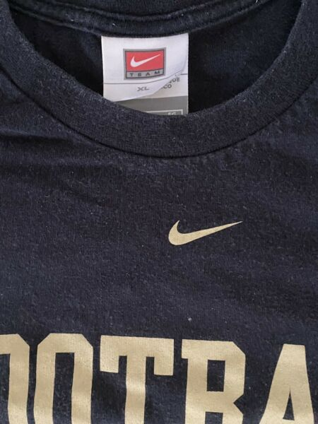 Vintage Men#x27;s Nike Football Black amp; Gold Regular Fit T Shirt Size XL