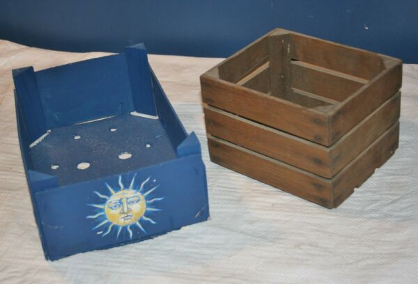 PAIR OF SMALL DECORATIVE WOODEN BOXES