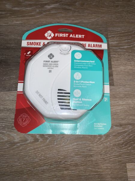 First Alert Smoke amp; Carbon Monoxide Alarm Battery Operated. Brand New $23.99
