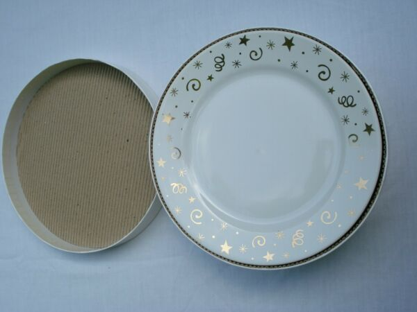 4 PAMPERED CHEF CELEBRATION PARTY PLATES IN BOX WHITE amp; GOLD CERAMIC DISHES 8quot; $11.99