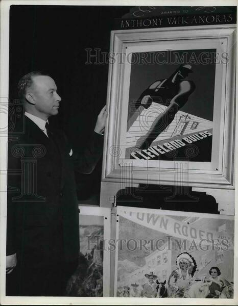 1940 Press Photo JA Zimmer President Central Outdoor Aduting Co. $19.99
