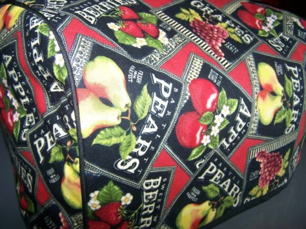 Berries amp; Fruits Labels Quilted Fabric 2 Slice or 4 Slice Toaster Cover NEW